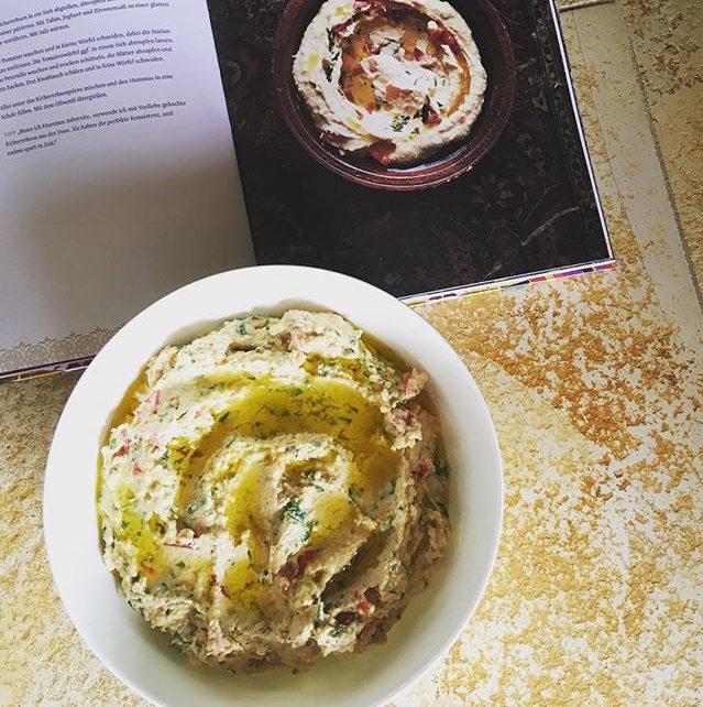 Hummur mit Joghurt