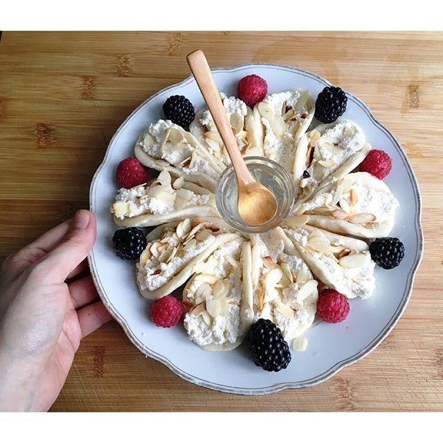 Syrische Pancakes mit selbgemachter Ricotta Creme und Sirup
