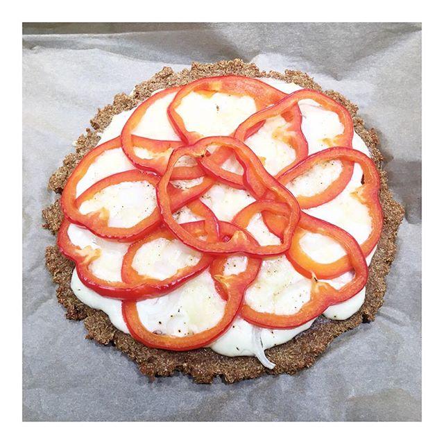 Diesen Quinoa Flammkuchen habe ich im Kochbuchtest getestet